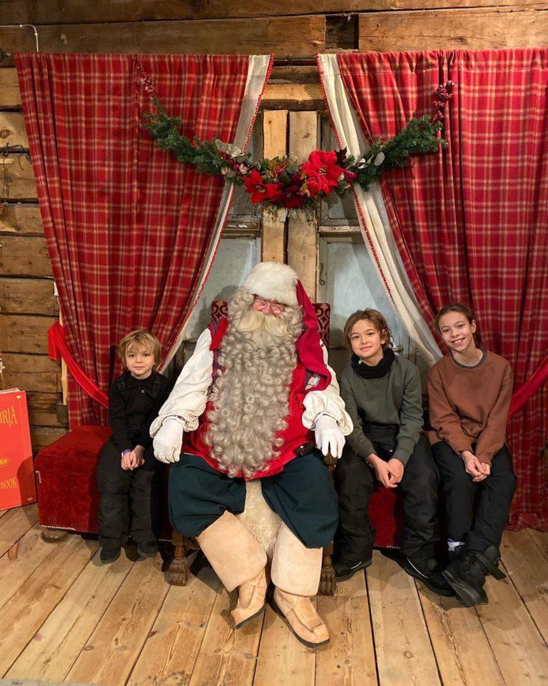 Жуков в образе Деда Мороза