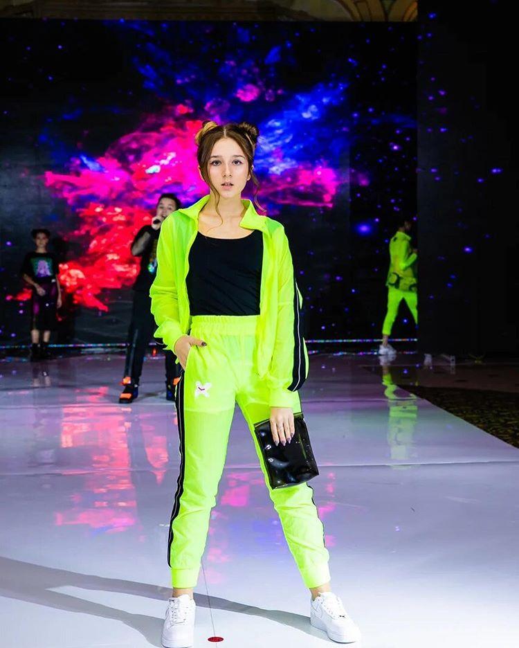 Алина Лазарева на модном показе Kids Fashion Awards