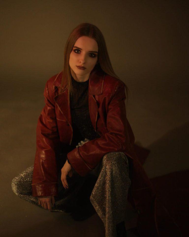 Avy записала новую песню «Зима»