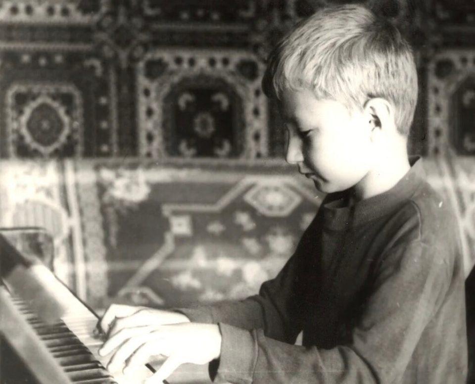 Игорь Николаев в детстве