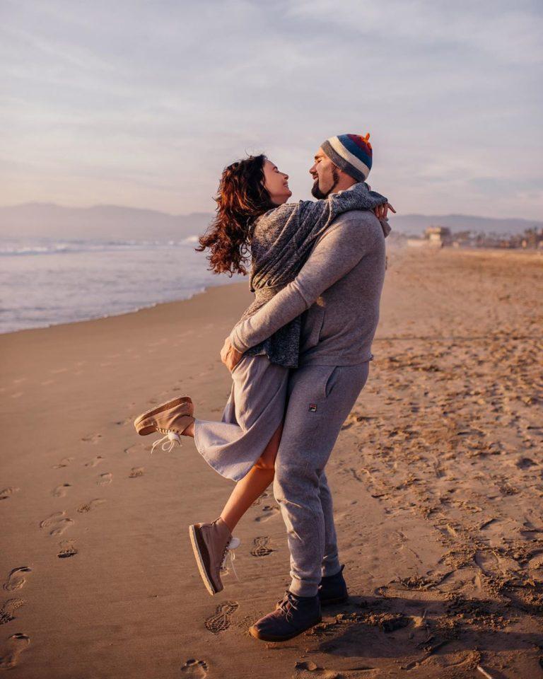 Саша Зверева показала романтические фото со своим бойфрендом
