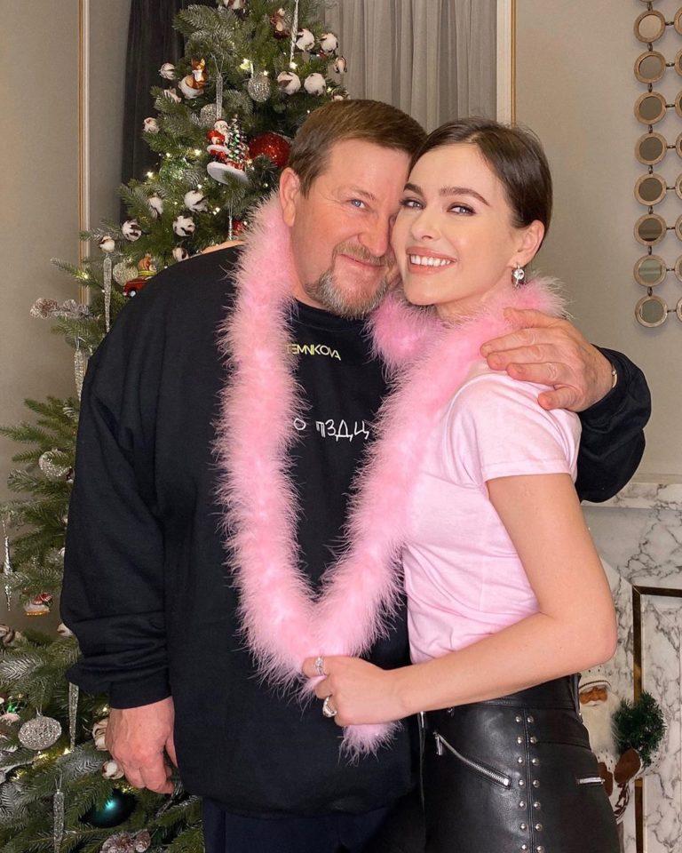 Елена Темникова со своим папой