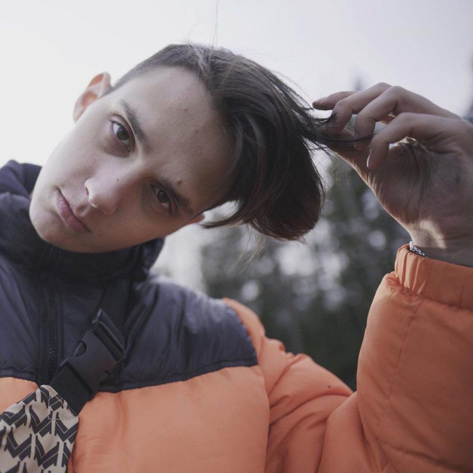 Тима Белорусских записал новую песню «Одуванчик»