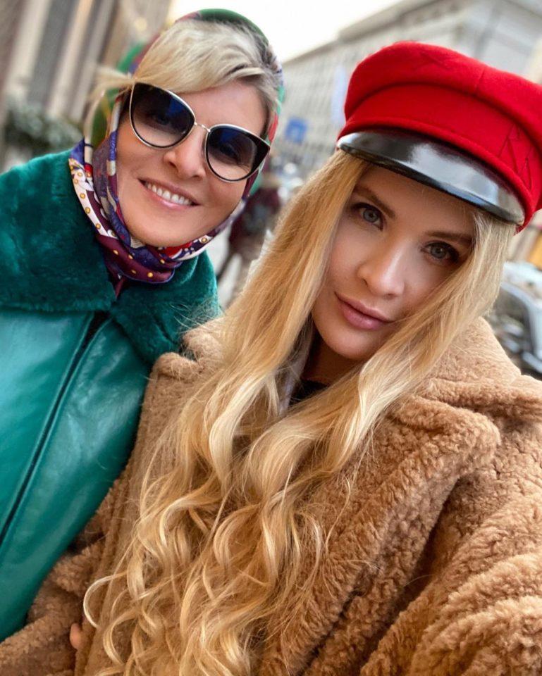 Устинья Малинина с мамой