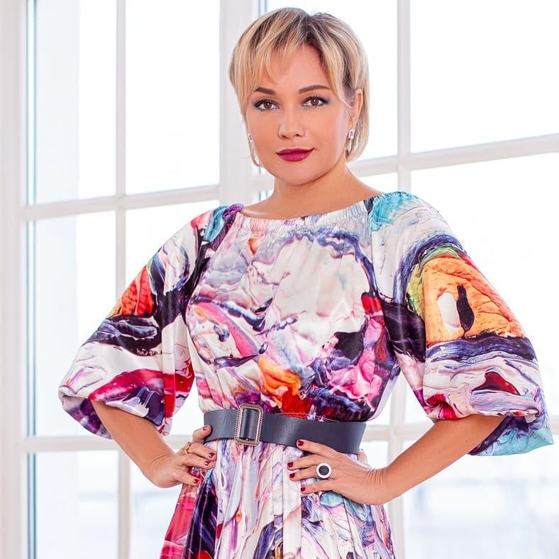 Татьяна Буланова — Сто шагов, 2020 — слушайте песню | Музолента