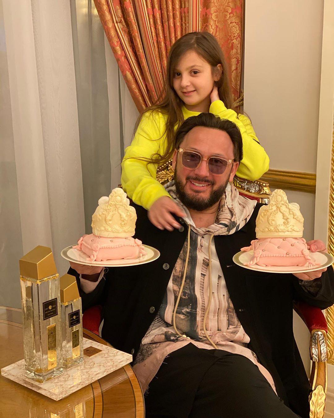 Стас Михайлов показала фото с милой дочкой Иванной