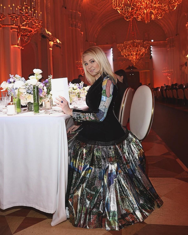 Яна Рудковская почувствовала себя принцессой | Музолента