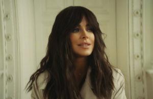 Красивые образы Ани Лорак и переживания о прошлых отношениях в новом клипе «Обещаю»