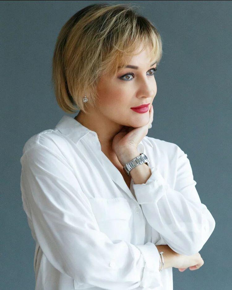 Татьяна Буланова показала фото из своей первой фотосессии в 22-летнем возрасте