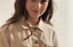 Катя Лель показала фото со своей красавицей-дочкой