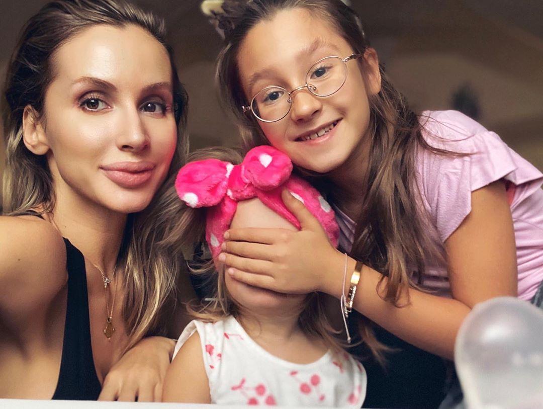 Лобода с дочками