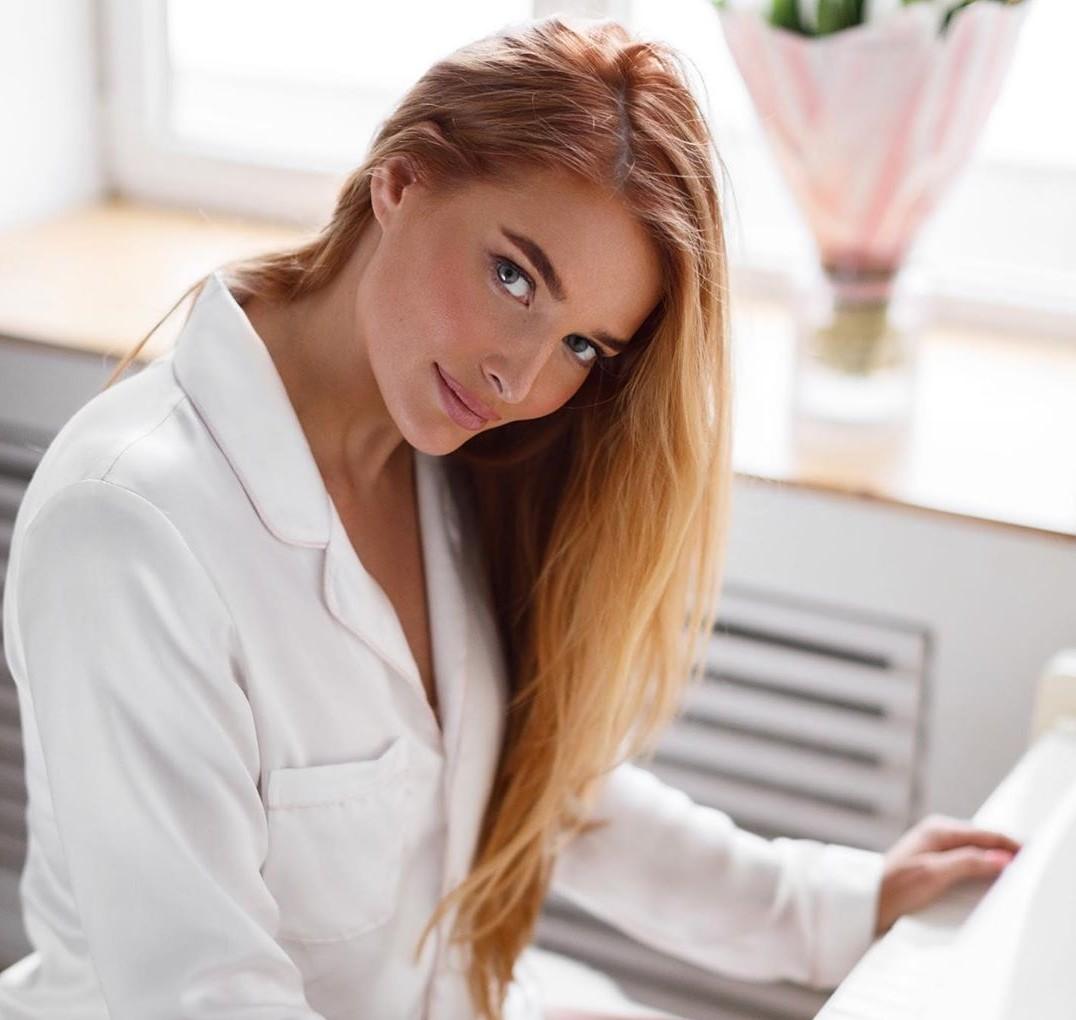 Мисс Россия 2006 Татьяна Котова показала образ с челкой