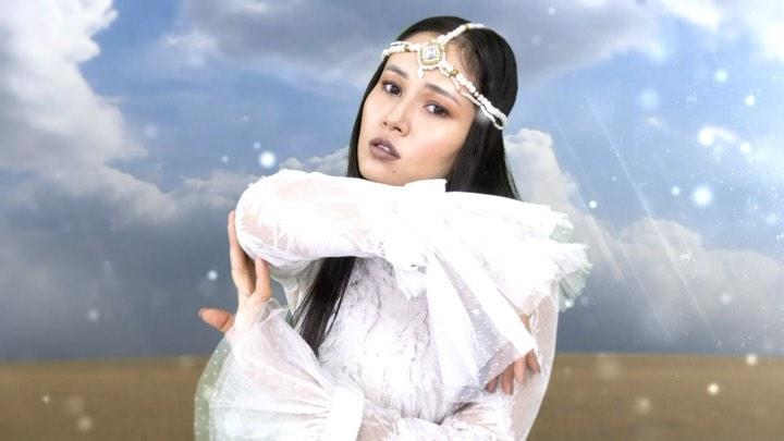 Назима записала красивую песню «Qusni-Qorlan»