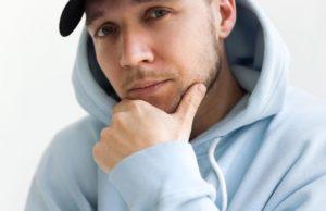 Homie выпустил новую песню «Позвони мне через пару лет»