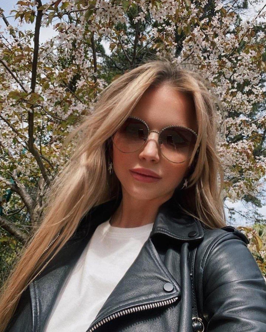 Юлия Михальчик показала фото со своей красивой мамой