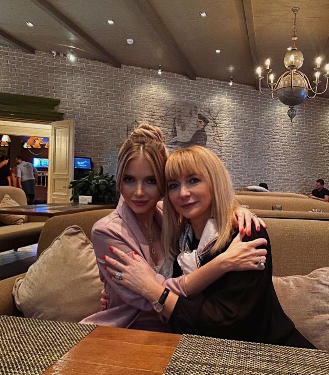 Юлия Михальчик с мамой