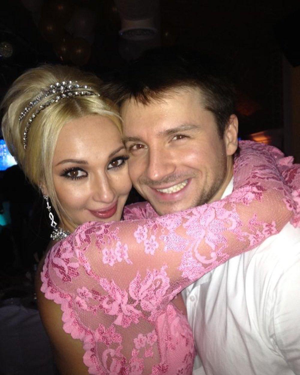 Сергей Лазарев показал подборку фото с Лерой Кудрявцевой