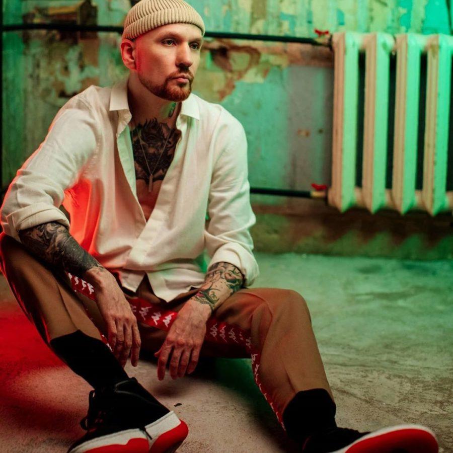 Звонкий выпустил песню «Маяк» и видео-настроение