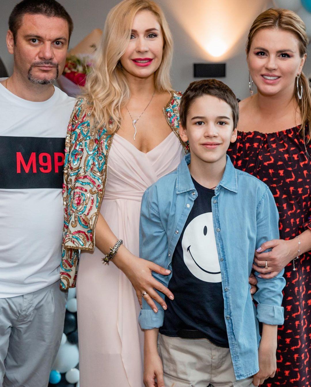 Фото с Дня рождения сына Анастасии Гребенкиной