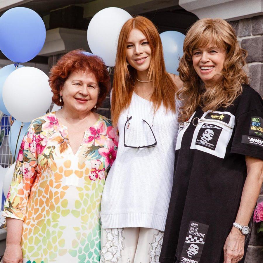 Наталья Подольская с мамами