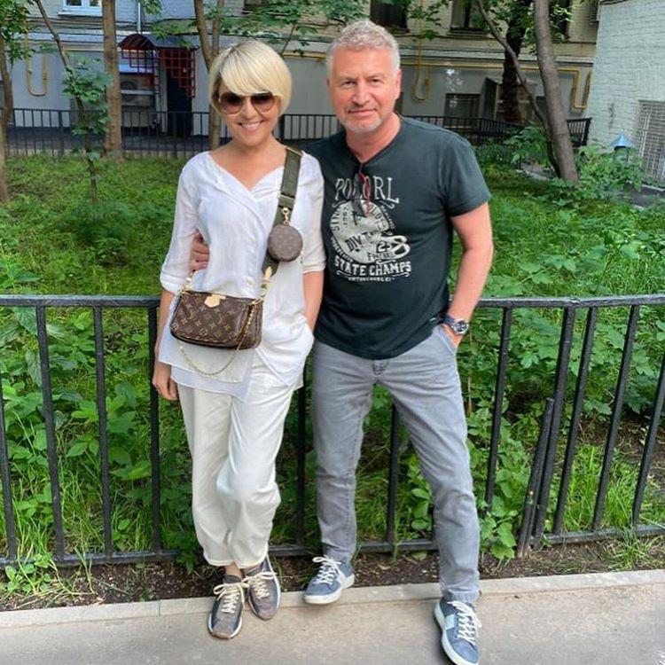 Леонид Агутин и Анжелика Варум снялись с мягкими игрушками