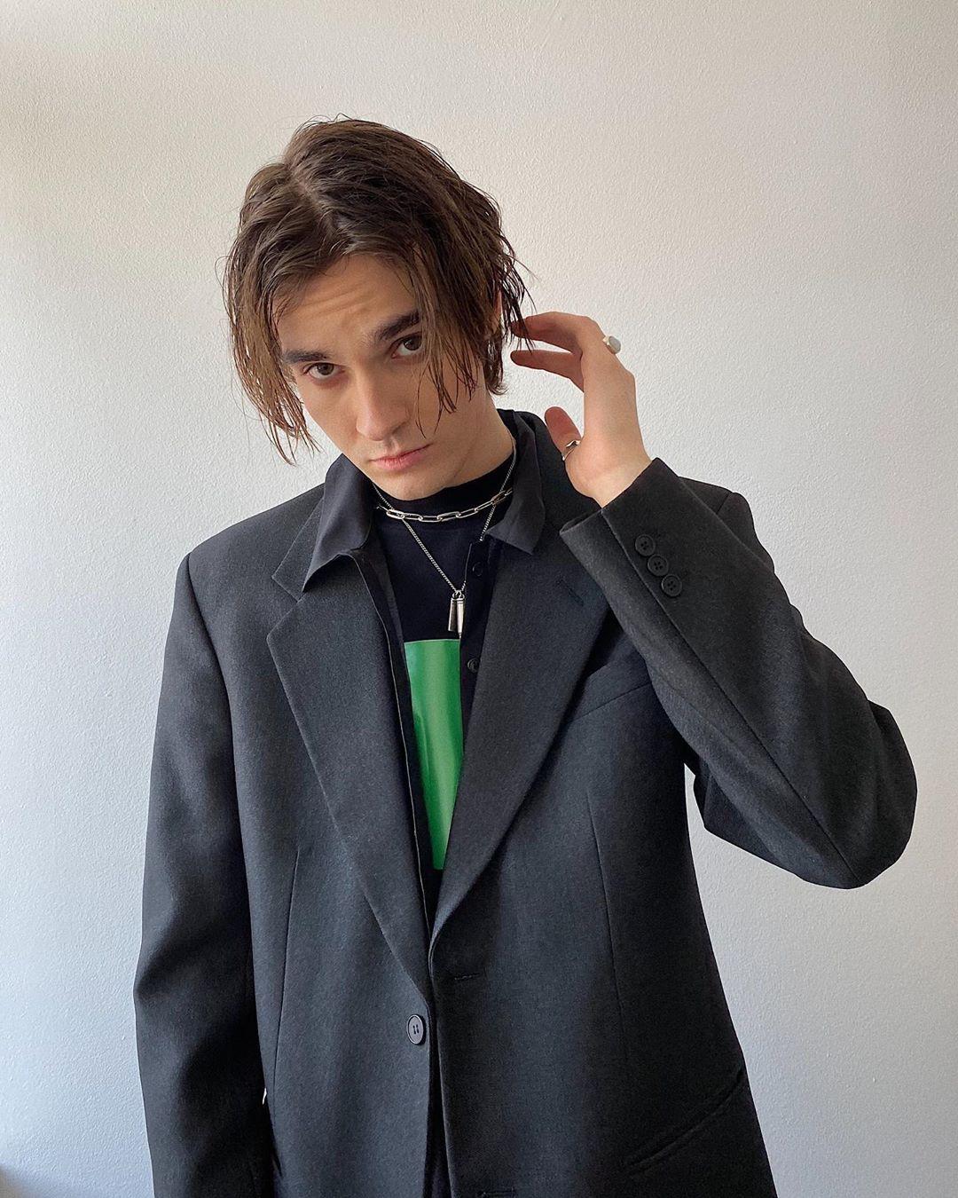 Никита Киоссе выпустил новую песню «Первая любовь»