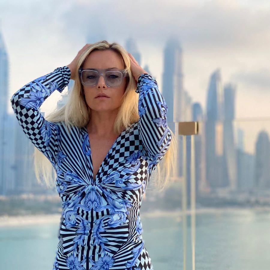 Елена Максимова выпустила песню «Джокер»