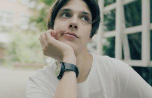 Тима Белорусских записал новую песню «Веснушки»