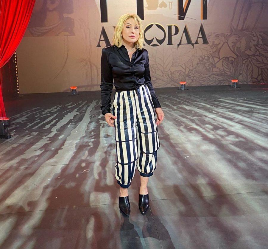 Любовь Успенская на шоу Три Аккорда