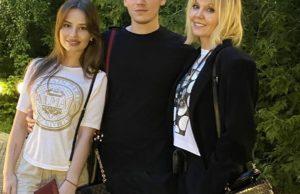 Валерия показала фото с сыном и его девушкой