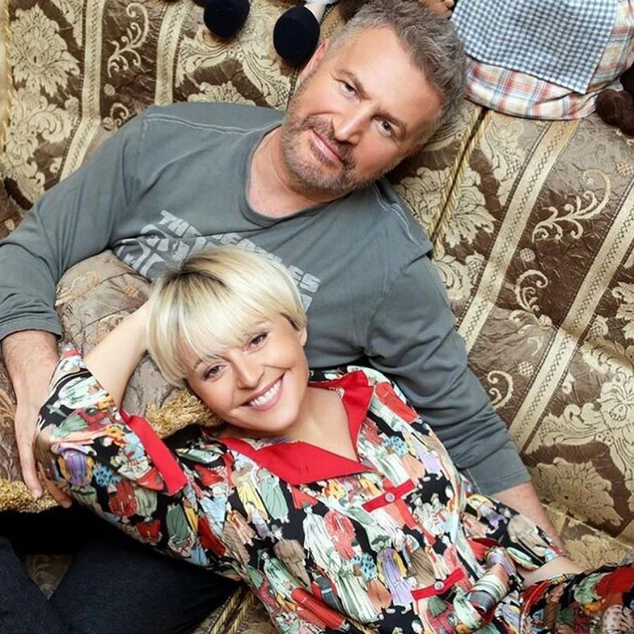Леонид Агутин с женой Анжеликой Варум