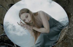 MÁYRUN выпустила красивый клип «Глубоко»