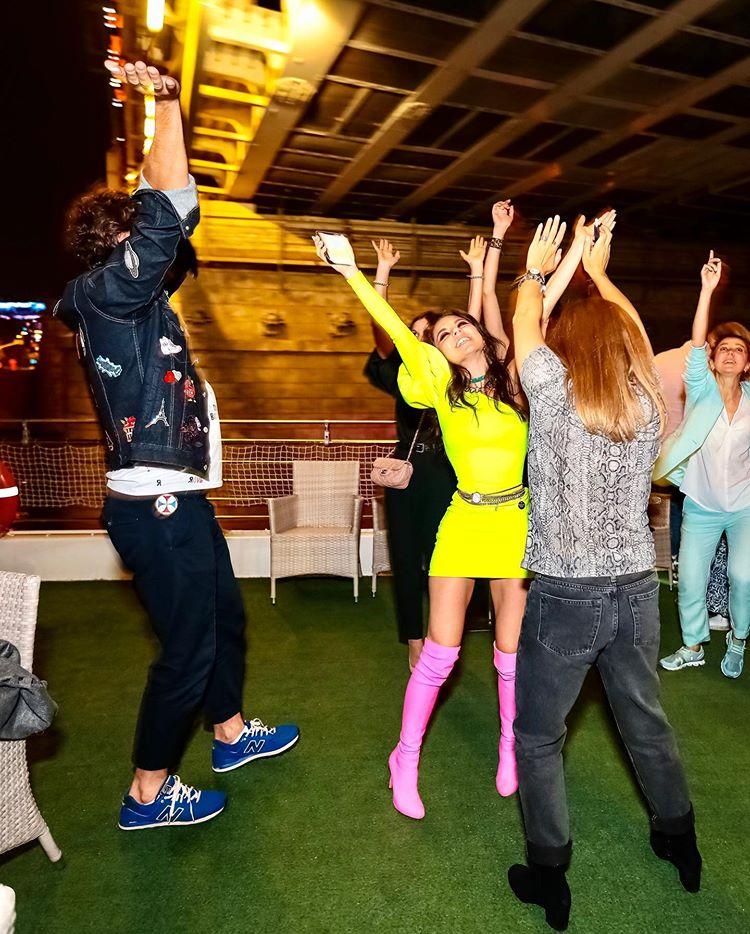 Анна Плетнева танцует