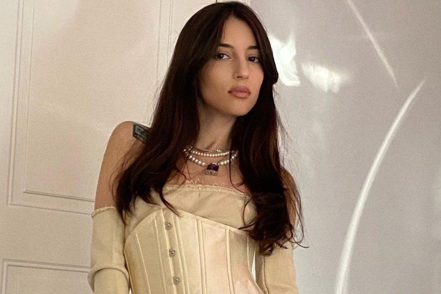 Kristina Si выпустила песню «Hasta la vista»