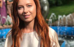 Юлия Савичева в клипе «Больше не терять» показала зеркальное отражение ее любви с Аршиновым