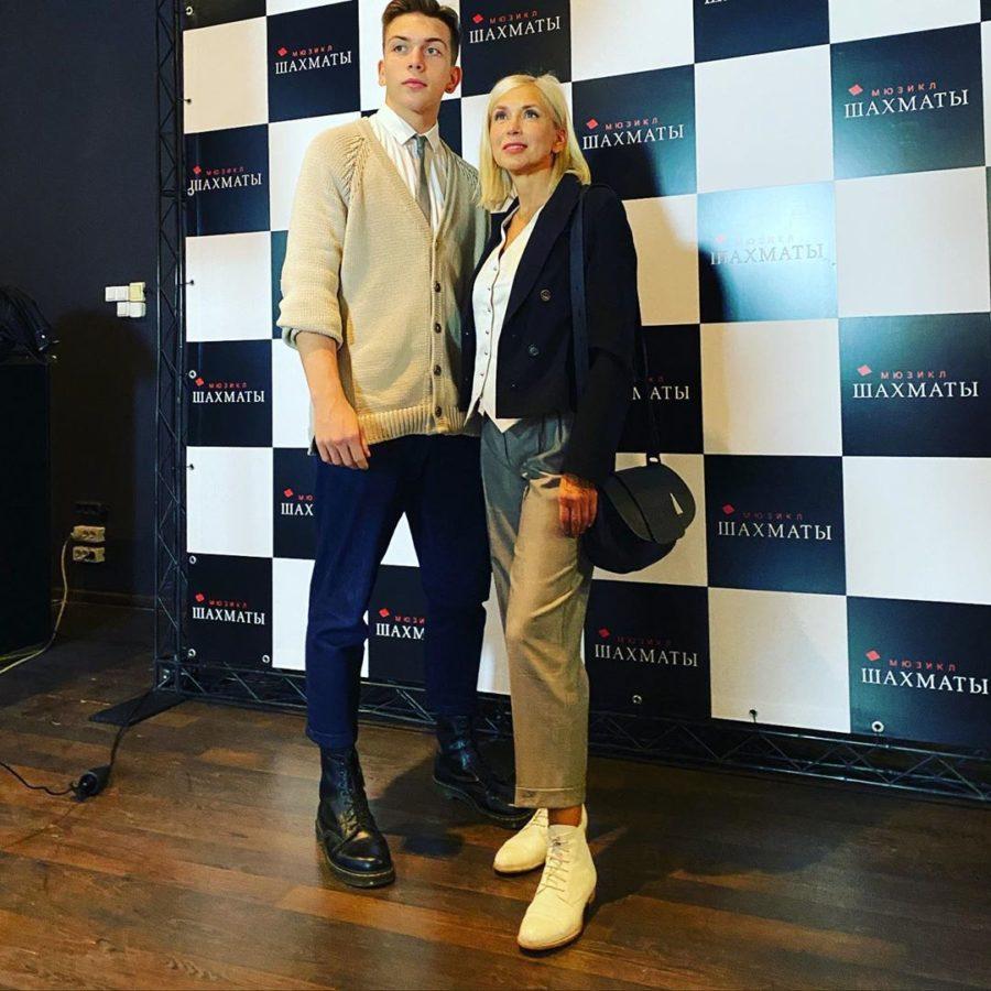 Алена Свиридова показала своего красавца сына Григория