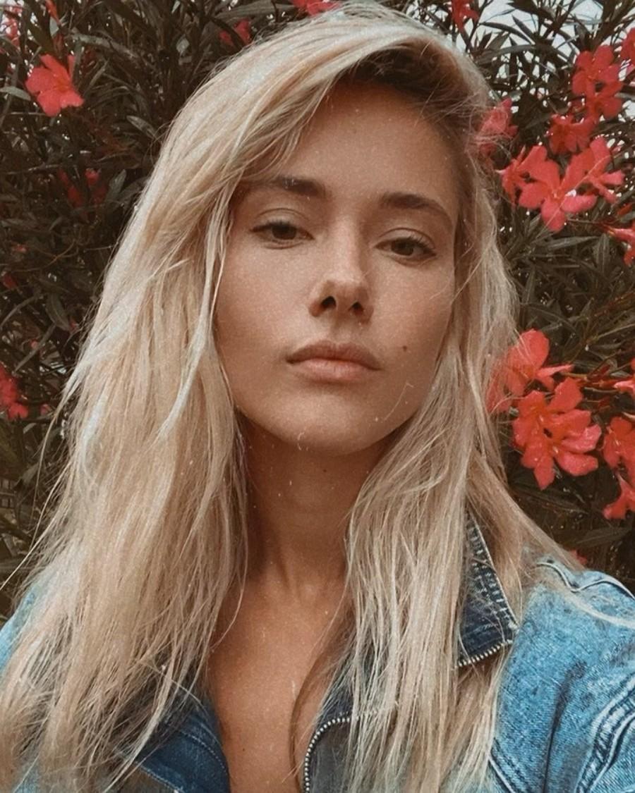 Юля Паршута выпустила песню «Поговорить»