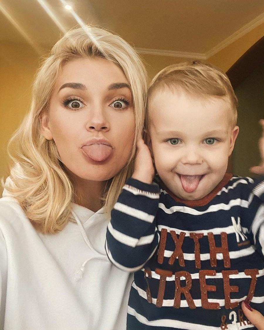 Миша Романова и ее сыночек Мартин