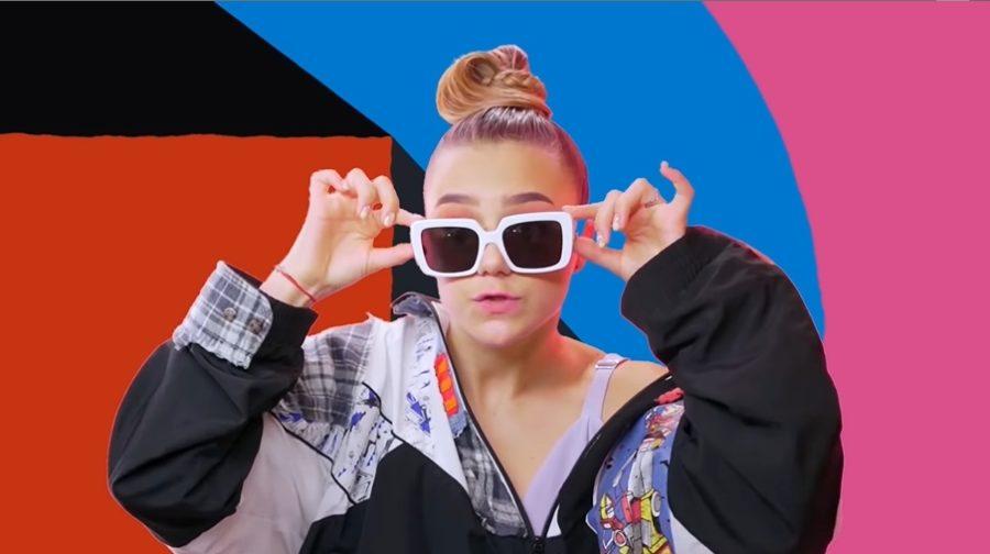 Катя Адушкина и Ева Тимуш выпустили песню и клип «Не переживай»