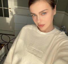 Елена Темникова выпустила песню «2020»
