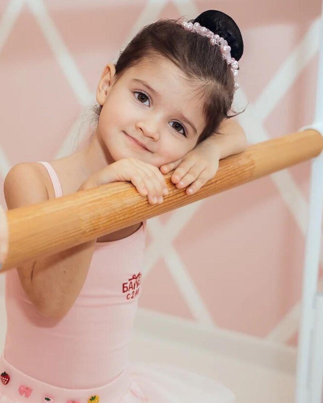 Дочка Татьяны ВОлосожар занимается балетом