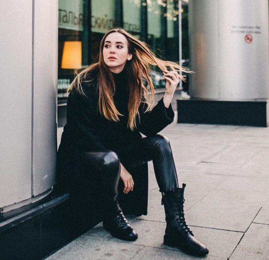 Молодая певица Асия записала песню «Худшая»
