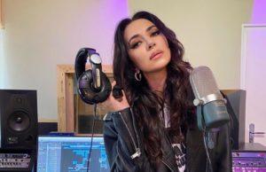 Зара выпустила проникновенный музыкальный альбом «Человек влюблен»