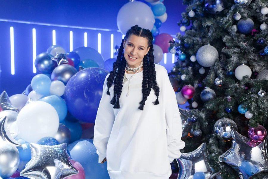 Певица Ёлка выпустила новую песню и клип «Всё произойдет»