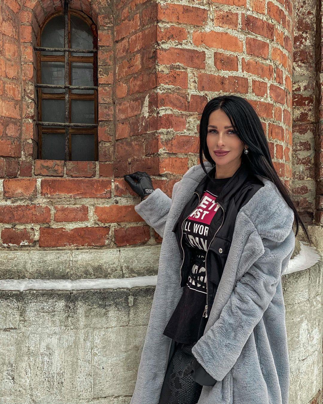 Оксана Ковалевская и V1NCENT выпустили дуэтную песню «Привет»