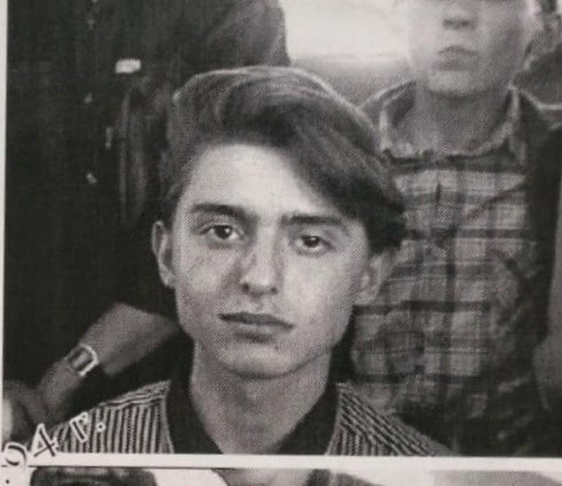 Лидер группы «Звери» Роман Билык показал, как выглядел в 17-лет