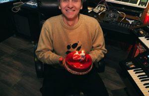 Егор Натс в свой День рождения выпустил песню «Хватит»