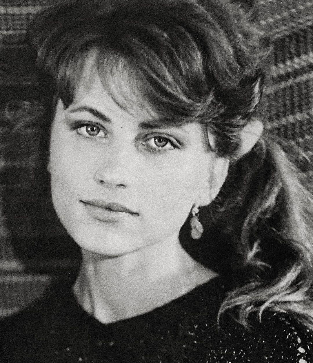 Солистка группы «Reflex» Ирина Нельсон показала свое фото 1995 года